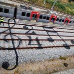 Ferrovia, binari del treno. Portogallo. Image credits: Artur Bordalo