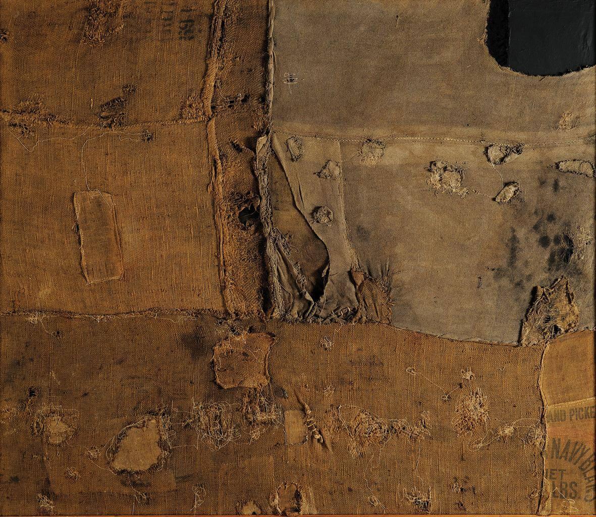 Alberto Burri. Rosso plastica M 2, 1962 (dettaglio). Plastica bruciata su tela, cm. 120 x 180. Collezione privata © 2014 Artisti Rights Society (ARS), New York / SIAE, Roma