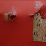 Alberto Burri. Rosso gobbo, 1953. Acrilico, tessuto e resina su tela; barra di metallo al verso, cm. 56.5 x 85 . Collezione privata, Roma. © Fondazione Palazzo Albizzini Collezione Burri, Città di Castello, Italy