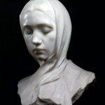 Adolfo Wildt. Atte (Vedova), 1892. Marmo di Candoglia, cm. 55 x 33 x 22. Collezione privata. Foto Mamgagliani, Milano