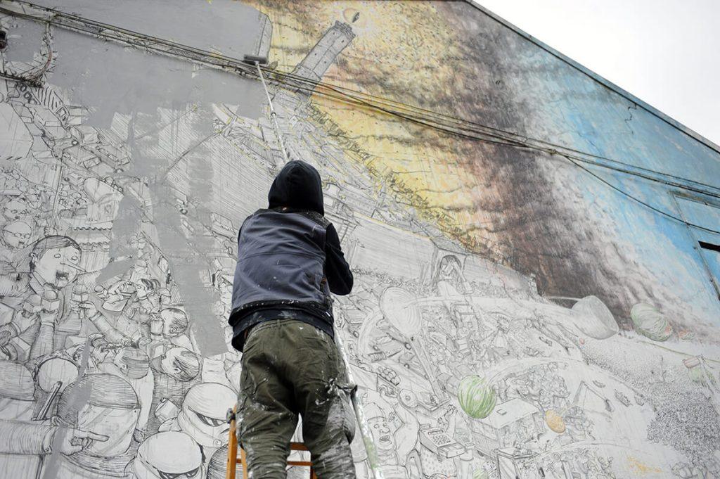 Blu: lo street artist cancella i murales