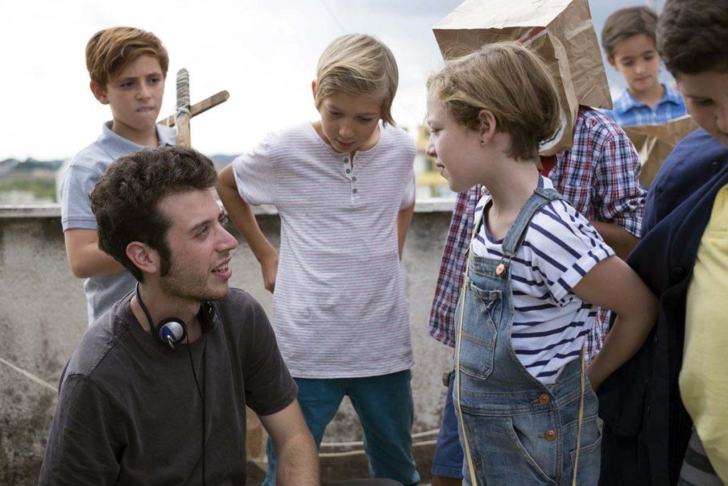 """Fulvio Risuleo, regista: backstage film """"Guarda in alto"""" con i bambini durante le riprese"""